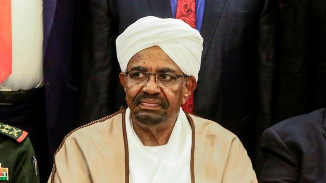Soudan : Omar Al-Bachir fait face à la justice