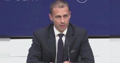 Sport: Le président de l'UEFA critique la VAR